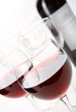 Glazen rode wijn Stock Foto's