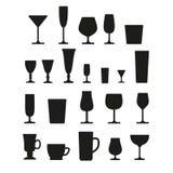 Glazen voor geplaatste drankenpictogrammen, geïsoleerde vector Zwart silhouet op witte achtergrond stock illustratie