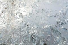 Glazial- transparente Wand des Eises mit Mustern Lizenzfreie Stockfotografie