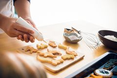 Glazing cookies Stock Photography