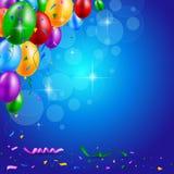 Glückliche Geburtstagsfeier mit Ballonen und Bandhintergrund Lizenzfreies Stockbild