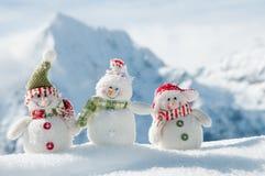 Glückliche Schneemannfreunde Stockbilder