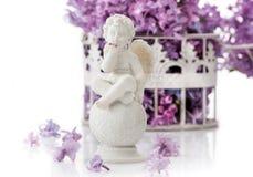 Glücklicher Engel auf einem weißen Hintergrund Stockfotos