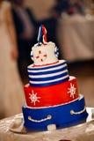 Glücklicher Hochzeitstagmarinekuchen Stockfotografie