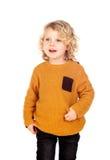 Glückliches kleines blondes Kind-whith gelbes Trikot Stockbilder