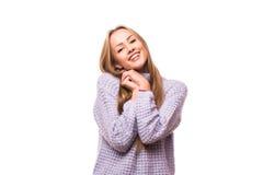 Glückliches Träumen der jungen Frau Stockbilder