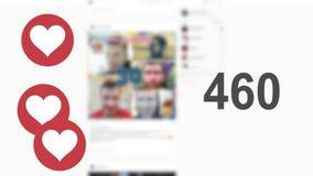 Gleiche, die mit kolossalen Herzen auf einer Seite des Sozialen Netzes gezählt werden stock video