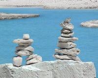 Gleichgewicht der Pyramidensteine stockfotografie