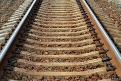 Gleis Schienen und Betonschwellenahaufnahme Stockbild
