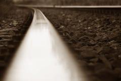 Gleis von einem anderen Winkel stockbild