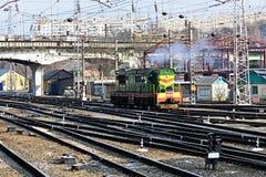 Gleis. Zurückstellender Diesel Lizenzfreies Stockfoto