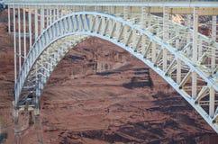 Glen Canyon Bridge in der Seite Arizona Stockfotos