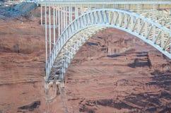 Glen Canyon Bridge en la página Arizona Imagen de archivo