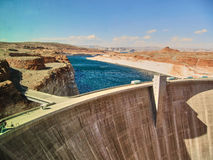 Glen Canyon Dam - Pagina Arizona stock afbeelding