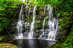 Glenariff-Wasserfälle, Nordirland Stockfotos