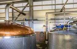 Glenbeg, Ardnamurchan Schottland - 26. Mai 2017: Ardnamurchan-Brennerei produziert Whisky seit 2014 und wirklich Lizenzfreies Stockbild