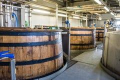Glenbeg, Ardnamurchan Schottland - 26. Mai 2017: Ardnamurchan-Brennerei produziert Whisky seit 2014 und wirklich Stockfotos