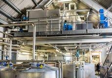 Glenbeg, Ardnamurchan Schottland - 26. Mai 2017: Ardnamurchan-Brennerei produziert Whisky seit 2014 und wirklich Lizenzfreie Stockfotografie