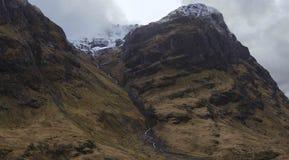 Glencoe góry z śniegiem zdjęcie stock