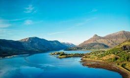 Glencoe-Tal Loch-Ansicht lizenzfreie stockfotografie