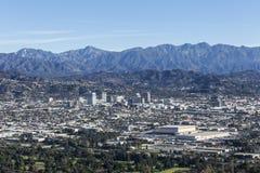 Glendale Калифорния и горы San Gabriel стоковая фотография rf