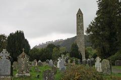 Glendalough圆的塔和威克洛山国家公园 库存照片