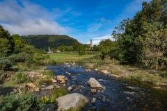 Glendalough村庄在威克洛,爱尔兰 库存照片
