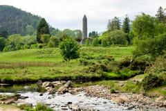 Glendalough деревня с монастырем в графстве Wicklow, Ирландии стоковая фотография rf