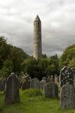 Glendalough-Kathedrale und runder Turm, Irland Lizenzfreie Stockfotos