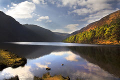 Glendalough la contea di Lake Wicklow Irlanda fotografia stock