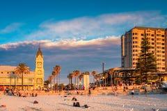 Glenelg-Strand bei Sonnenuntergang, Süd-Australien Stockbild