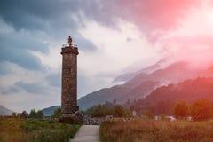 Glenfinnan纪念碑在晚上 免版税库存图片