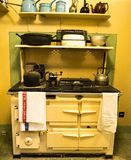 GLENGARRIFF IRLAND - AUGUSTI 26, 2018: Ett gammalt kök i Bryce arkivbild