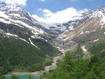 Gletscher alpin étonnant photographie stock libre de droits