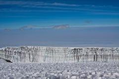 Gletscher auf Mt kilimanjaro lizenzfreie stockfotos