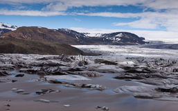 Gletscher in den Bergen von Island stockbild