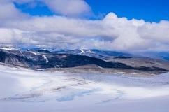 Gletscher im Berg Glittertind lizenzfreies stockfoto