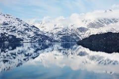Gletscher-Schacht lizenzfreie stockfotos