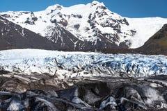 Gletscher an sonnigem Tag Islands Stockbild