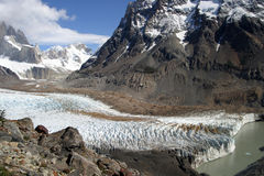 Gletscher und Berge lizenzfreie stockfotografie