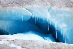 gletscherspalte lizenzfreie stockfotos