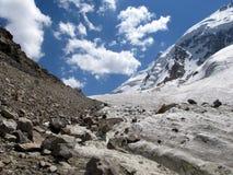 Gletsjer in de bergen Royalty-vrije Stock Afbeelding