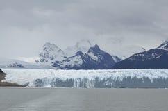 GLETSJER EN HET GLOBALE VERWARMEN PERITO MORENO IN GR CALAFATE PATAGONIË ARGENTINIË Stock Afbeelding