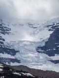 Gletsjer en sneeuw afgedekte berg Royalty-vrije Stock Afbeelding