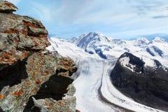 Gletsjer. Het Panorama van het berglandschap. Zwitserland Stock Afbeeldingen