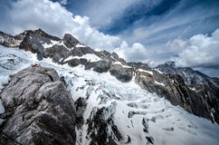 Gletsjer Jade Dragon Snow Mountain Stock Foto's
