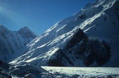 Gletsjer op Himalayagebergte Stock Foto's