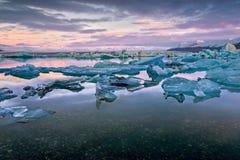 Gletsjerlagune in Oost-IJsland, aard Stock Foto