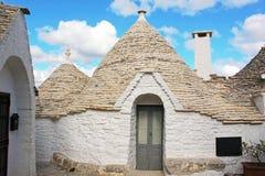 Gli agricoltori anziani di modo hanno sviluppato le loro case in Puglia Fotografia Stock Libera da Diritti