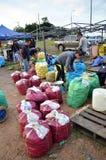 Gli agricoltori commercializzano in Kundasang, Sabah Fotografia Stock